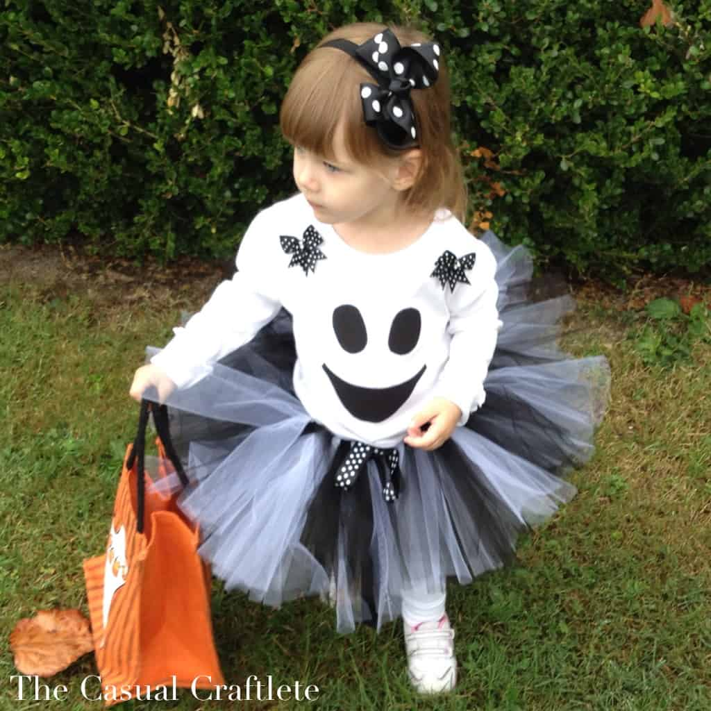 DIY Ghost Tutu Costume by The Casual Craftlete