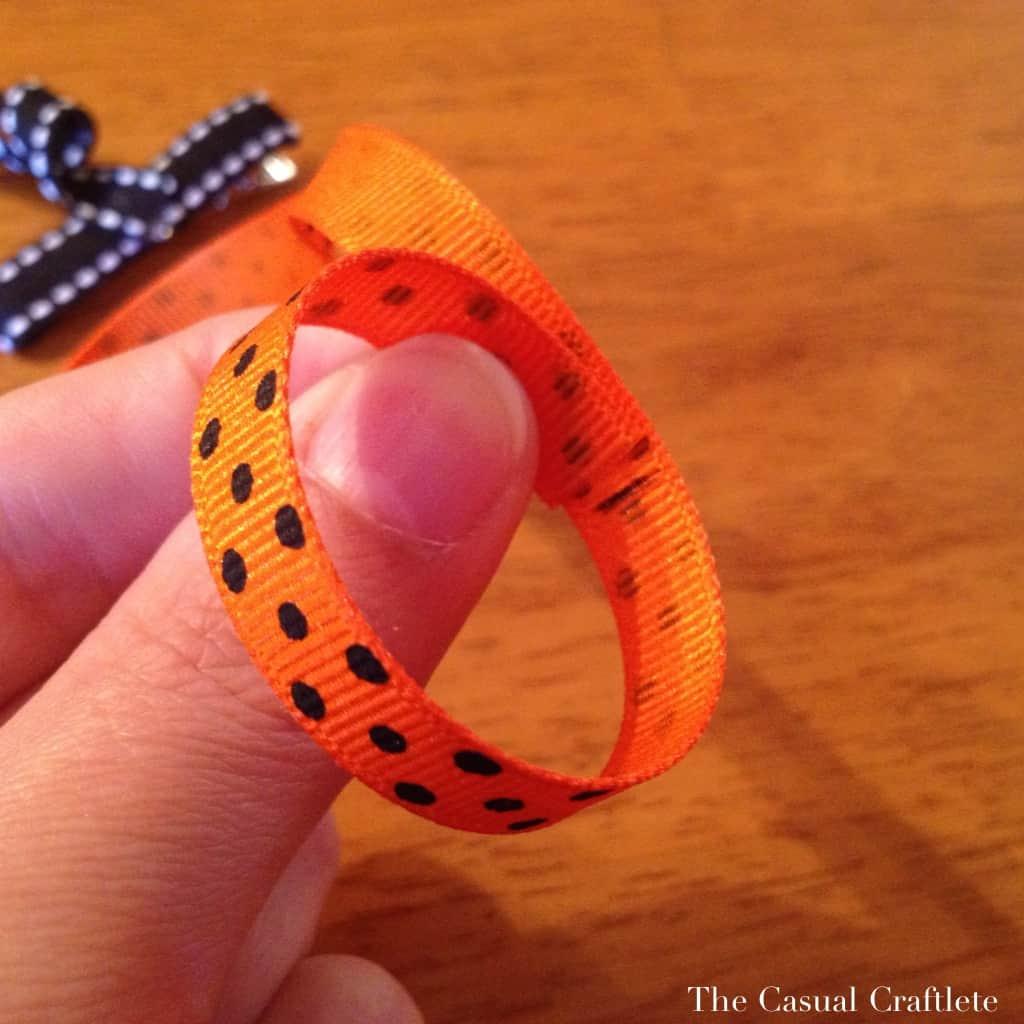 How to make a pumpkin hair clip