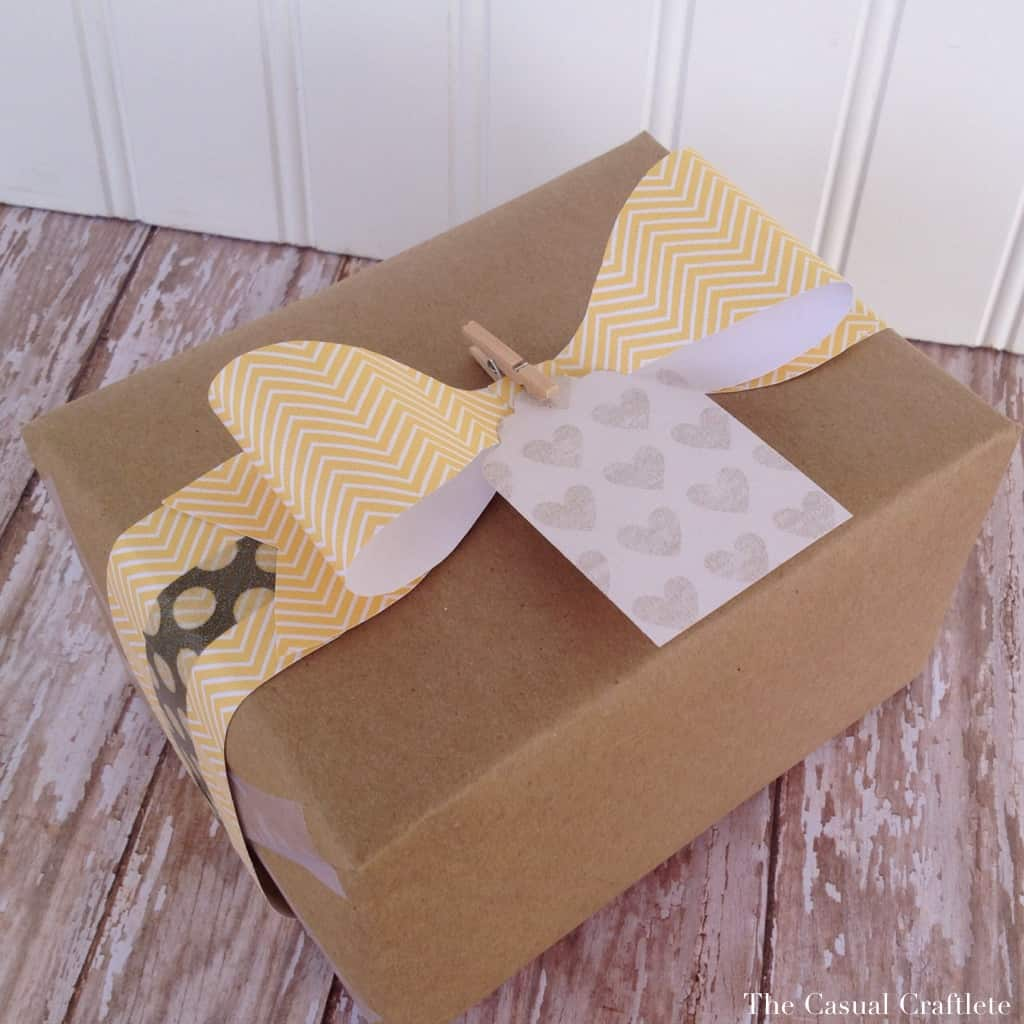 Kraft paper and paper bow wrapping