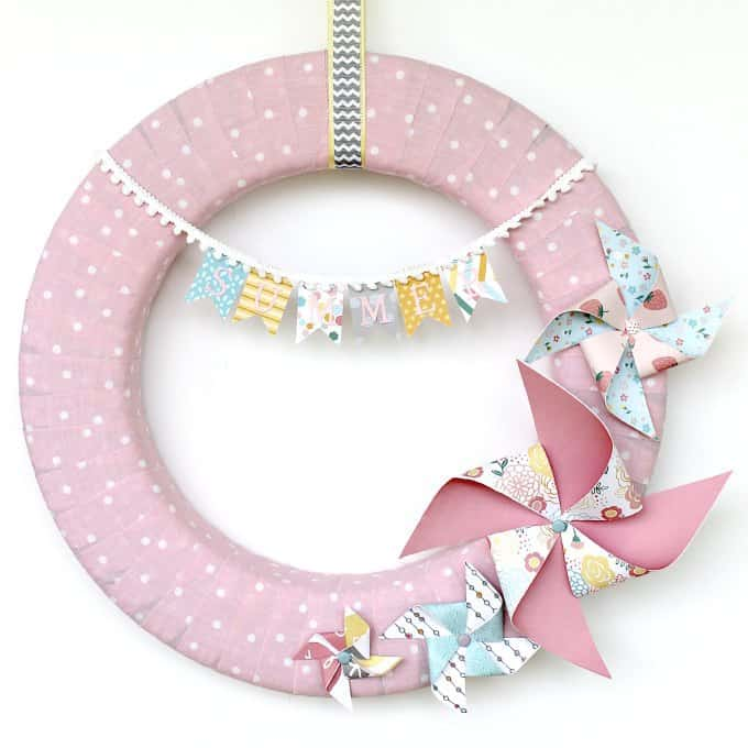Pinwheel Summer Wreath