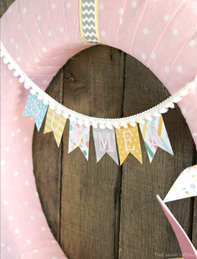 Summer Wreath Banner