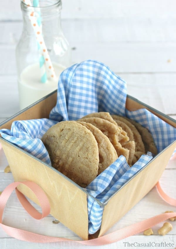 Cashew Butter Cookies recipe by www.thecasualcraftlete.com for www ...