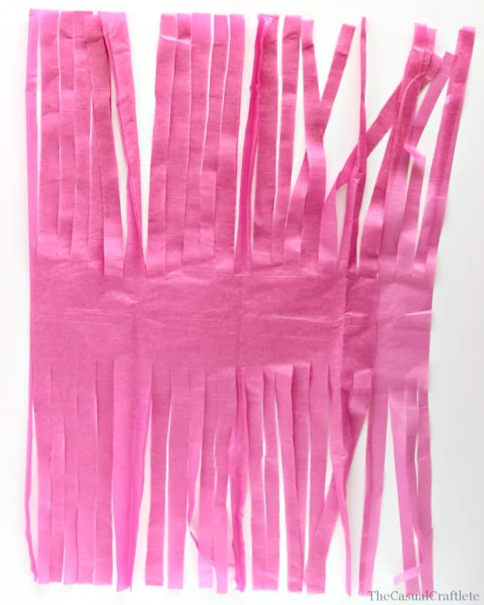 How to make a tissue paper tassel step 5  www.thecasualcraftlete.com