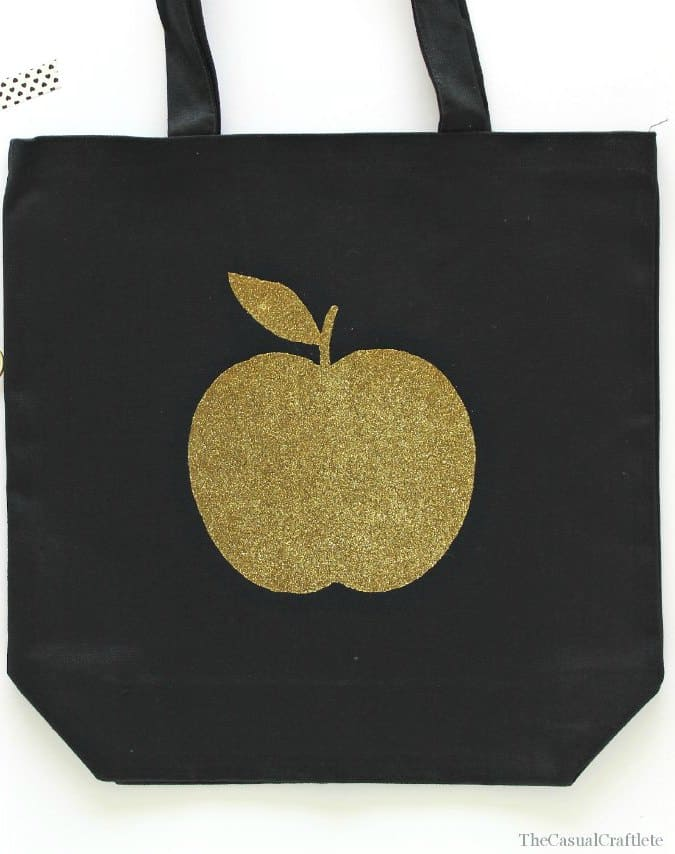 DIY Gold Glitter Apple Iron On Tote Bag by www.thecasualcraftlete.com
