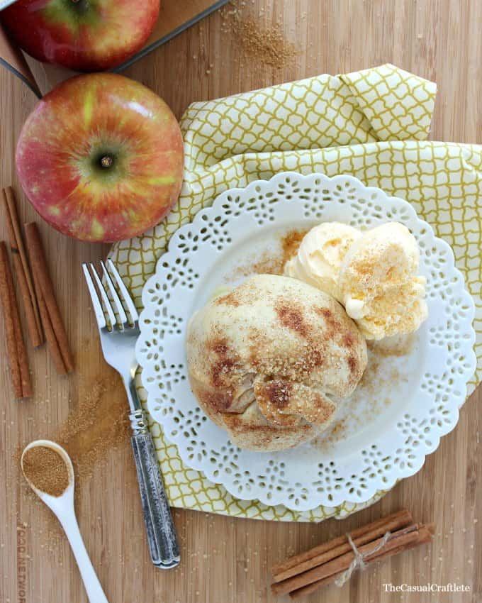 Apple Pie Bomb from www.thecasualcraftlete.com