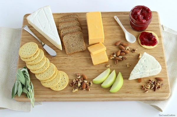 Cheese Board by www.thecasualcraftlete.com for  www.placeofmytaste.com