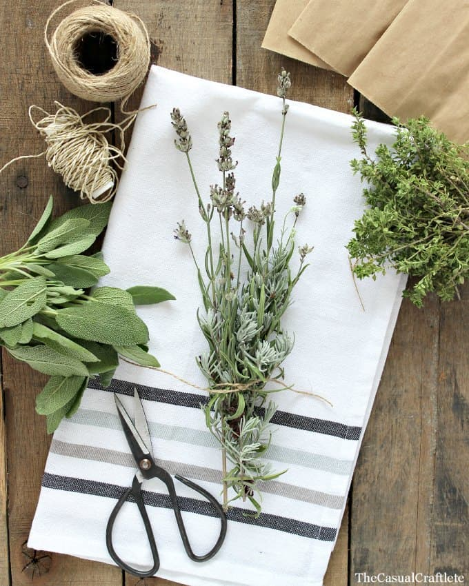 Dried Herb Fire Starter by www.thecasualcraftlete.com