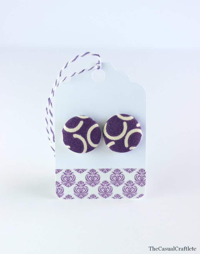 Fabric Button Earrings make great gifts www.thecasualcraftlete.com
