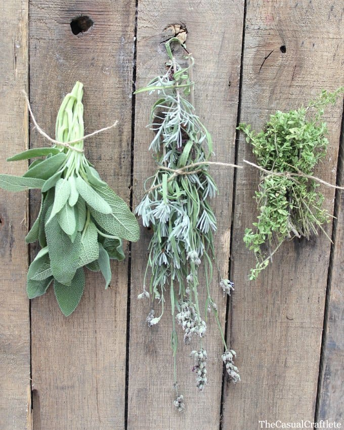 Use dried herbs for a fire starter by www.thecasualcraftlete.com