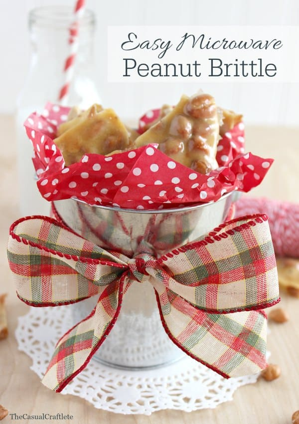 Easy Microwave Peanut Brittle via www.thecasualcraftlete.com