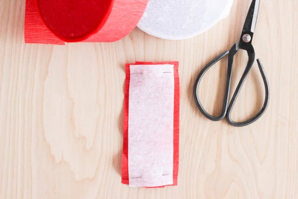 How to make ruffled crepe paper tags