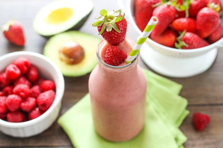 Avocado and Berries Smoothie