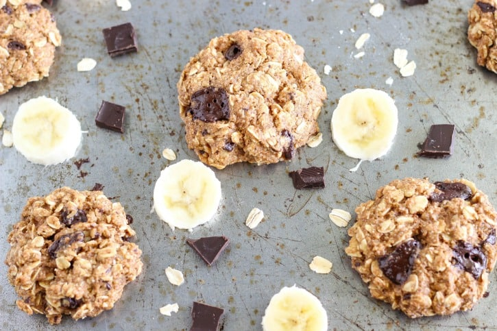 Healthy Chocolate Chip Banana Bread Oatmeal Cookies