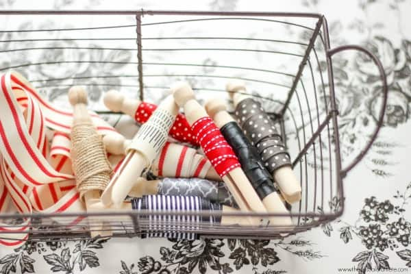 Use wooden clothespins to organize loose scraps of ribbon