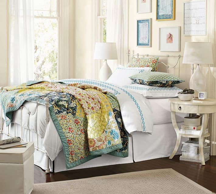 Light weight quilt for summer found on Pottery Barn
