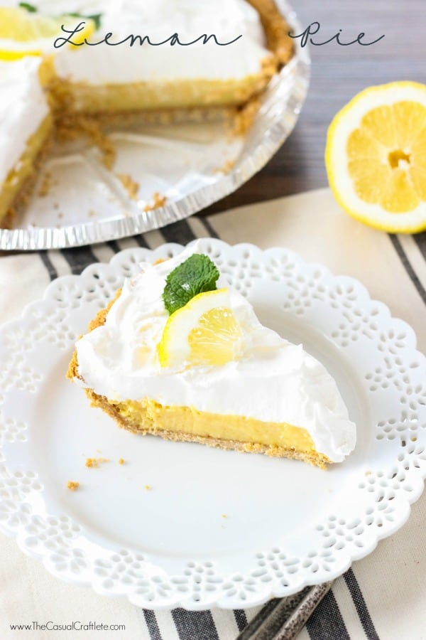 Easy Lemon Pie - a refreshing and delicious lemon pie recipe