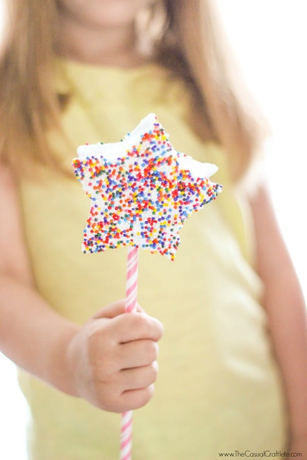 Have fun with the kids this summer by making Marshmallow Fairy Wands