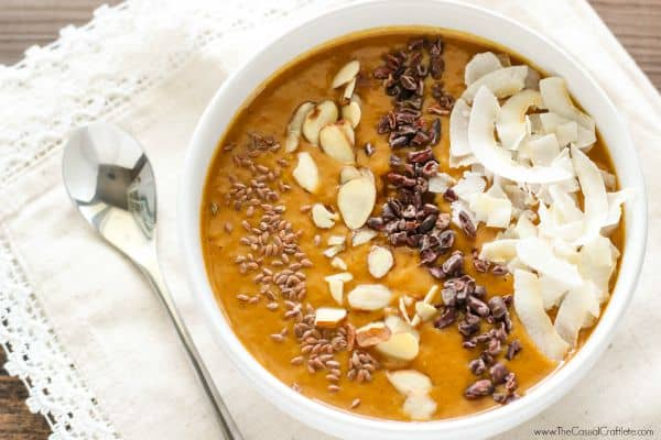 Pumpkin Pie Smoothie Bowl by TheCasualCraftlete.com