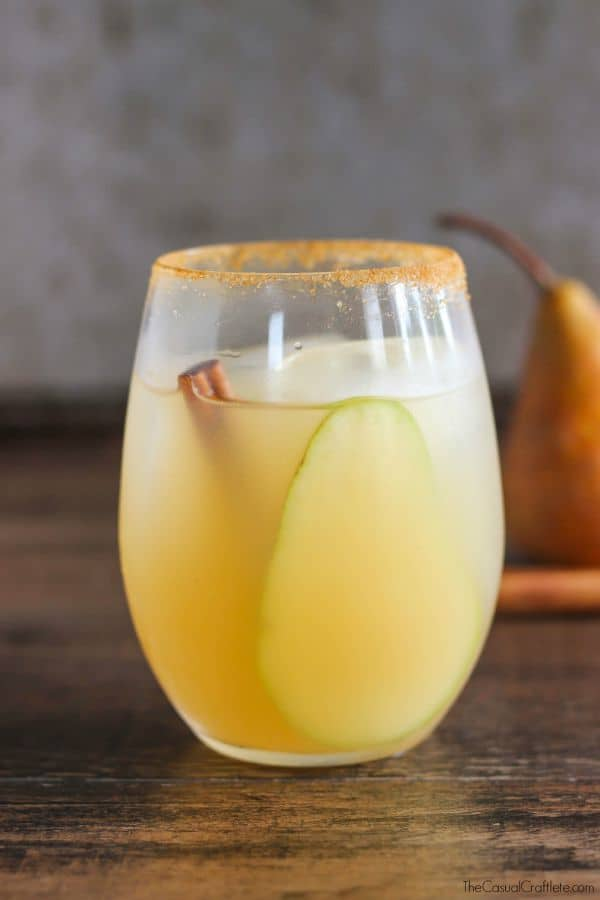 Spiced Vanilla Pear Cocktail