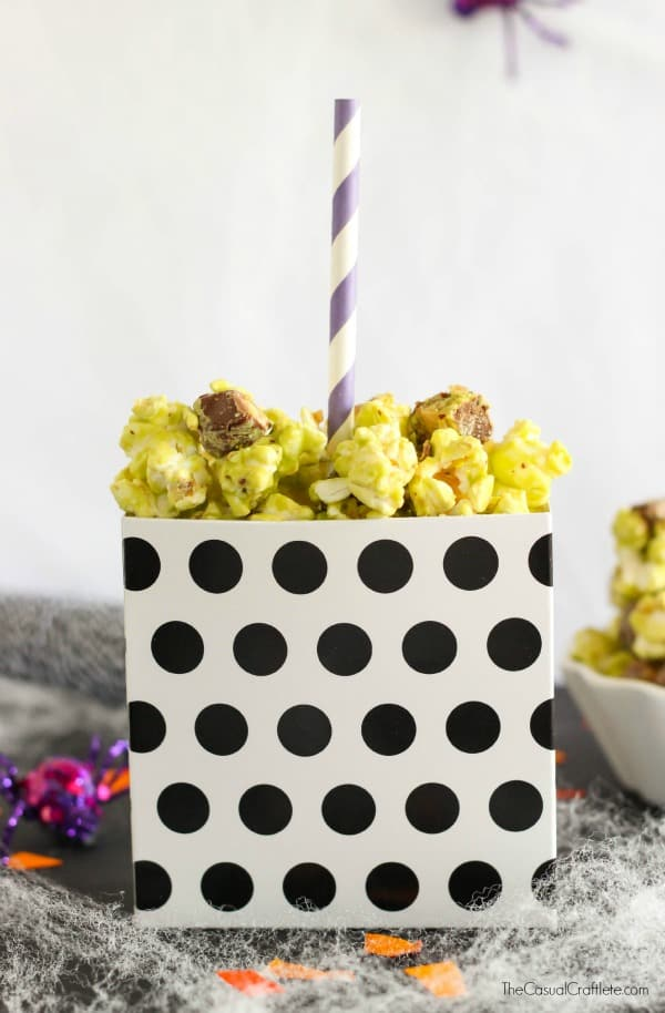 Halloween Snickers Caramel Apple Popcorn