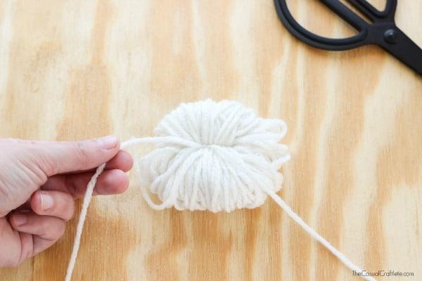 DIY Yarn Pom Pom step by step
