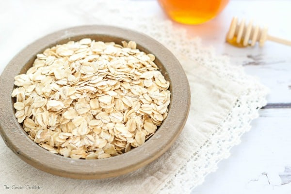 Homemade Oats and Honey Face Mask