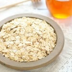 featured image - DIY Oats and Honey Face Mask