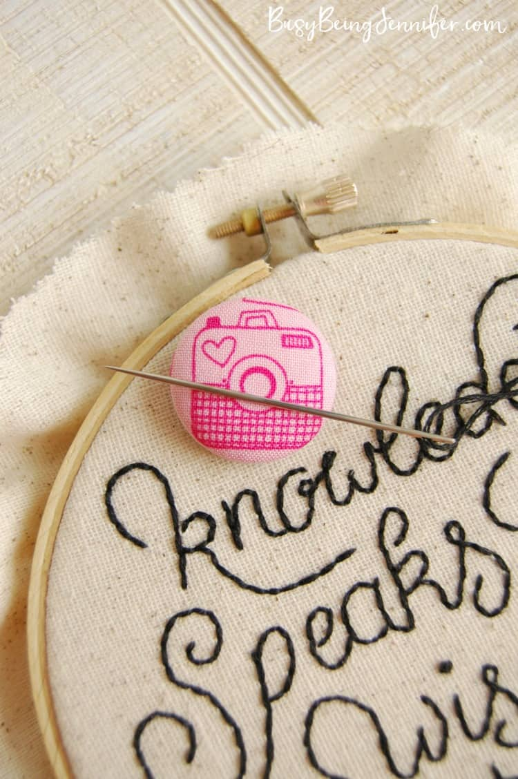 DIY-Easy-Needle-Minder-for-Hand-Stitching-Embroidery-BusyBeingJennifer.com_