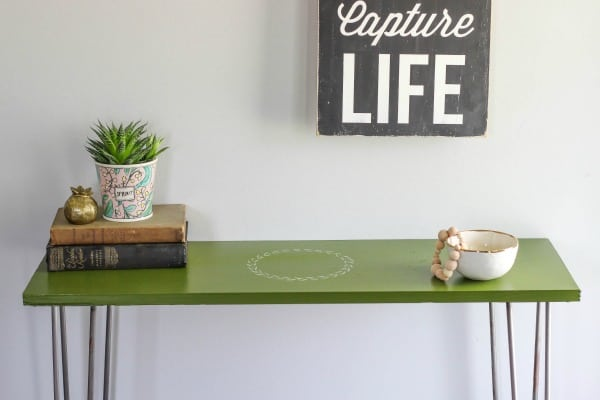 Create a DIY Hairpin Leg Entryway Table that is perfect for small spaces. This table is inviting with a modern and minimalistic style.