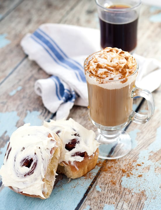 Homemade-Cinnamon-Roll-Creamer-2