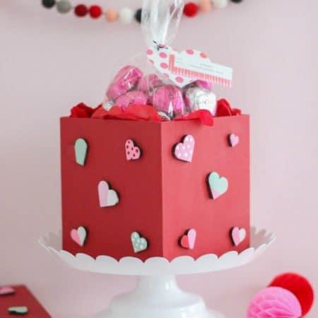 DIY Painted Valentine Treat Box