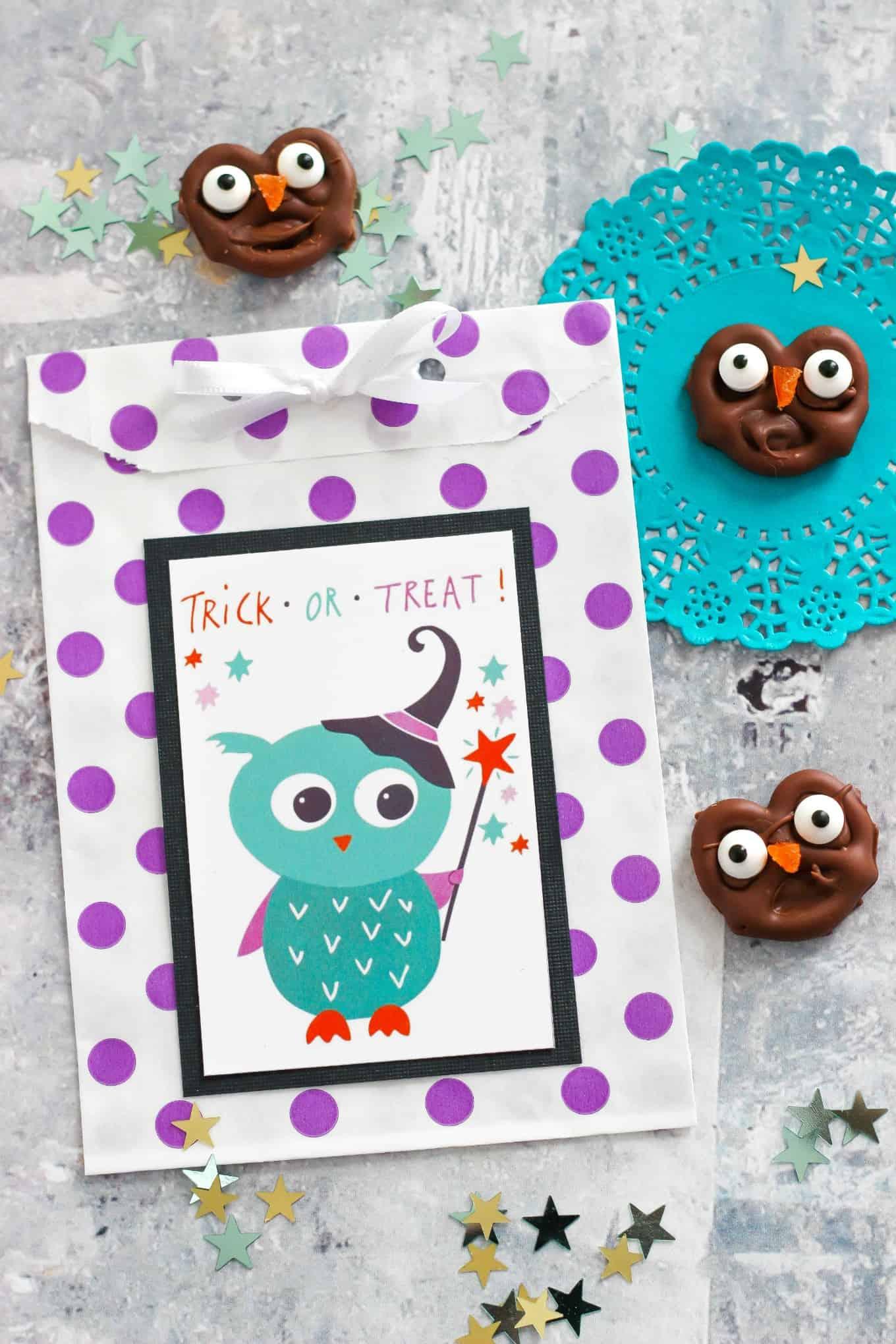 chocolate covered owl pretzels plus halloween printable