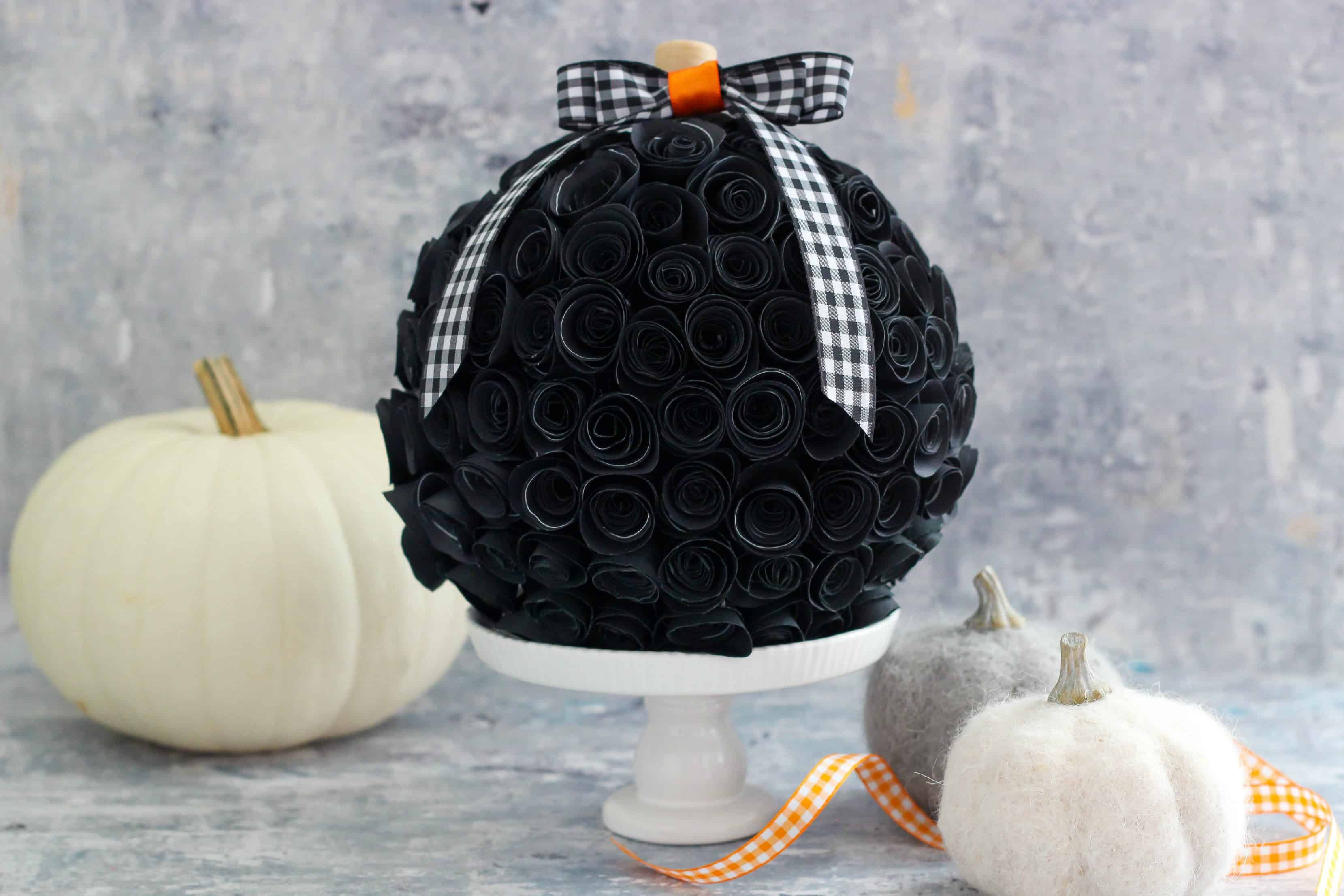 Rolled Paper Flower Pumpkin