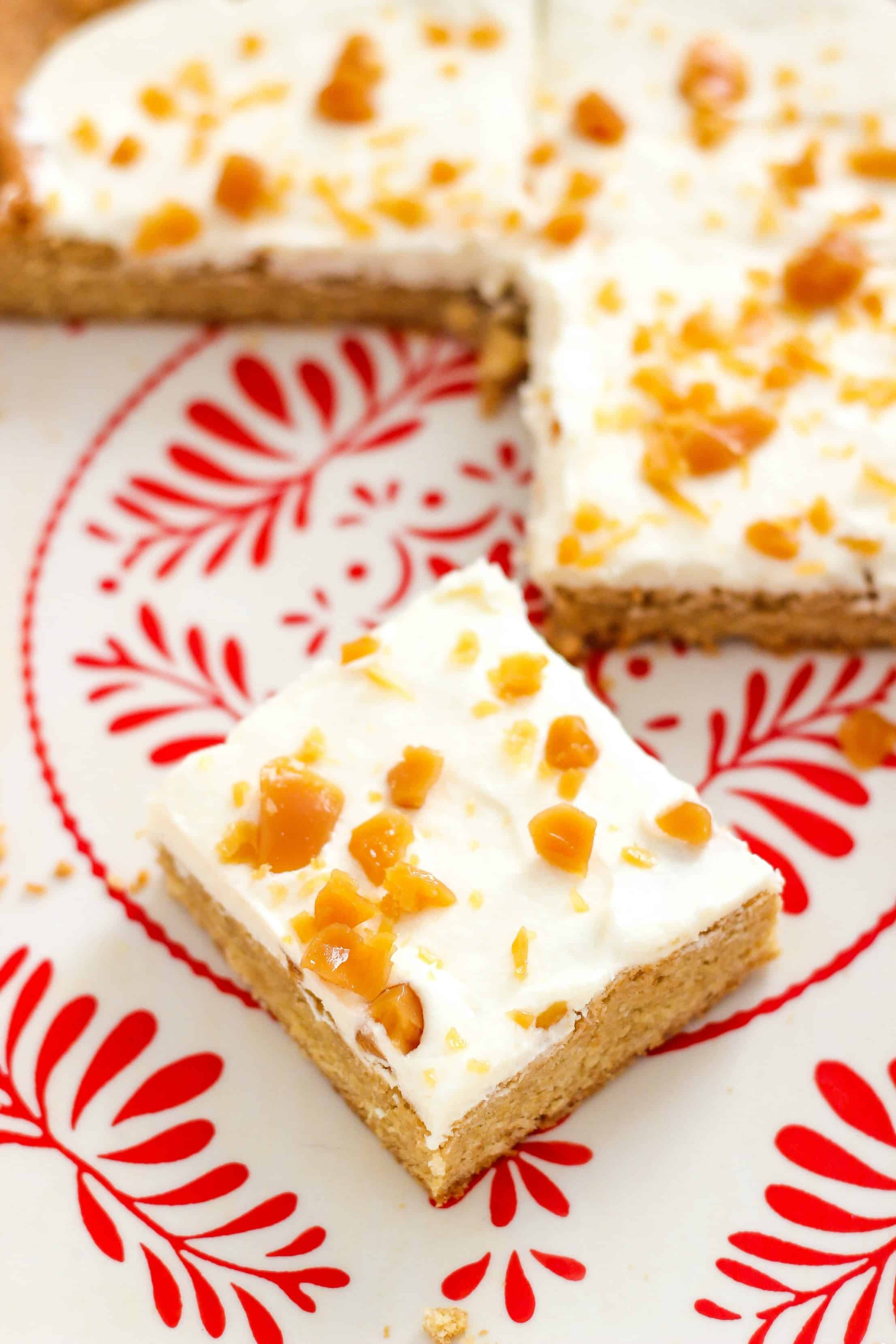 Maple Cookie Bars with Butter Cream Frosting and Toffee Bits @thecasualcraftlete for @worldmarket #worldmarket #ad #worldmarkettribe