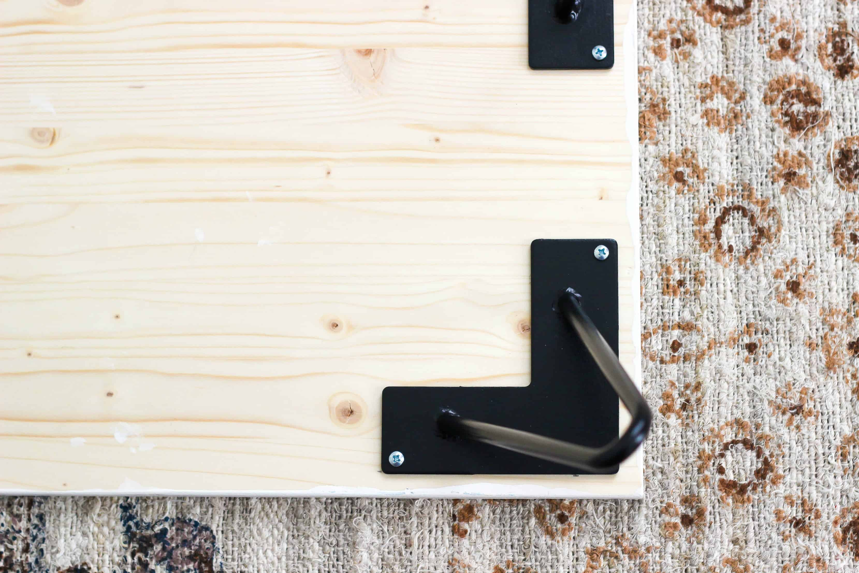 Easily make a DIY Wooden Hairpin Leg Tray with simple steps to create a functional and cozy accessory.